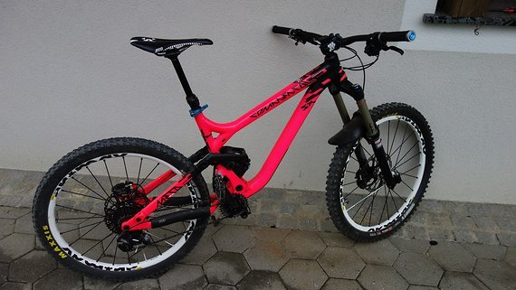 Commencal META SX Limited pink custom