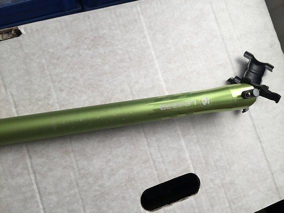 Sixpack Racing LEADER Sattelstütze GRÜN electric green 31,6 mm