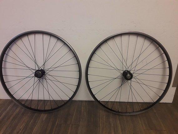 Velocity / Tune Rennrad / CX Laufradsatz