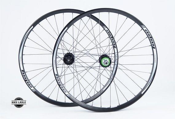 """Hope Tech DH Laufradsatz 27,5"""" mit Hope Pro 4 Evo Naben / Bike-Lädle Laufradbau"""