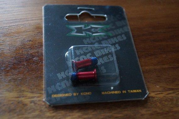Kcnc Schrauben für Schaltwerksröllchen, rot