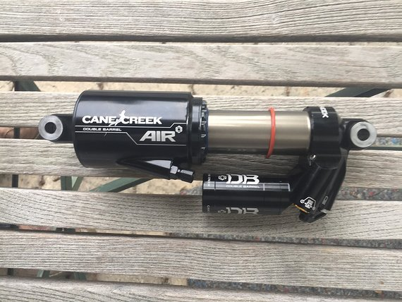Cane Creek Double Barrel Air CS 216x63mm mit Huber Bushings
