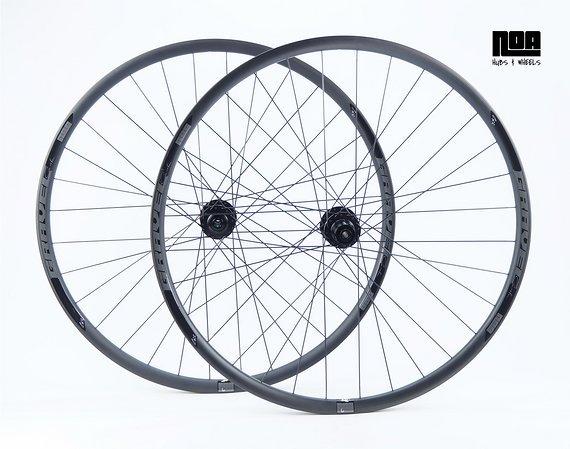 """NOA GCC Gravel Cross Carbon Laufradsatz 28"""" / 29"""" mit DT Swiss 350 Naben / Bike-Lädle Laufradbau"""