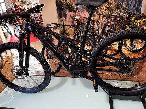 Specialized Turbo Levo Expert Carbon, schwarz, Gr. M