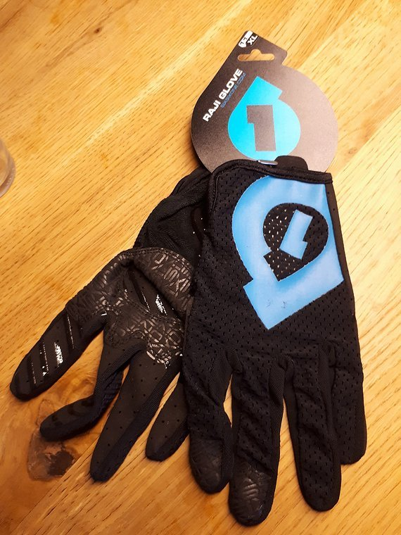 661 SixSixOne Raji Glove XL ***Schnäppchen***
