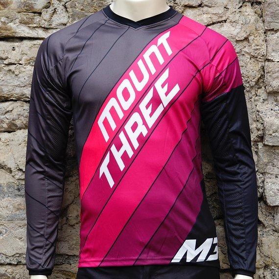 Mount Three Indie Rider Pink // 1x Größe M // Race Cut