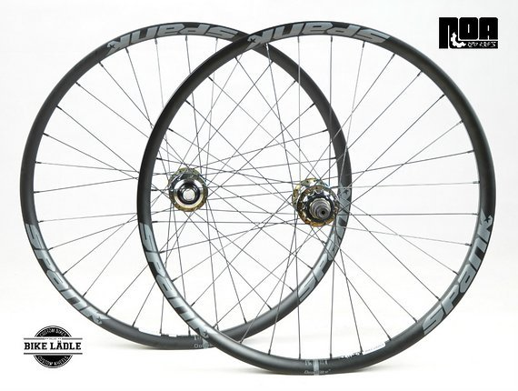 Spank Spike 33 TEAM Singlespeed Laufradsatz mit Noa 120 Klicks oil slick / petrol chrome Naben / Bike-Lädle Laufradbau