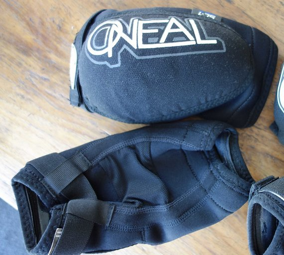 O'Neal O'Neal Sinner Ellbogenprotektor Größe S (Nagelneu)
