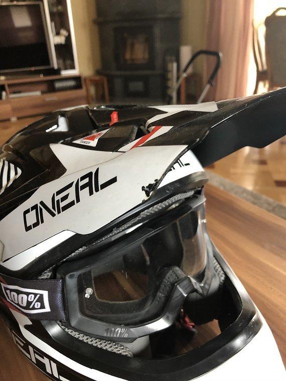Oneal/100% 3Series Helm Gr.M mit 100% Brille