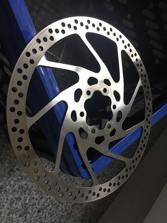 Shimano 2x Bremsscheibe SM-RT51M 180mm