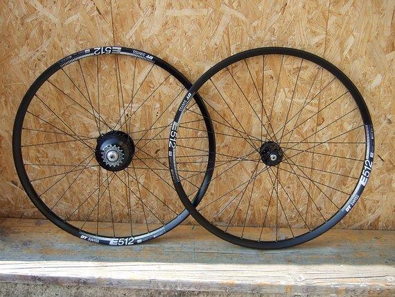 """Rotor Bikes Laufradsatz """"Tour 28"""" Disc: Rohloff Speedhub, SON 28, DT Swiss E512, handgefertigt!"""