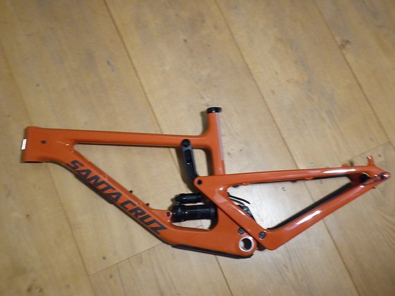 Santa Cruz Gr. M Orange