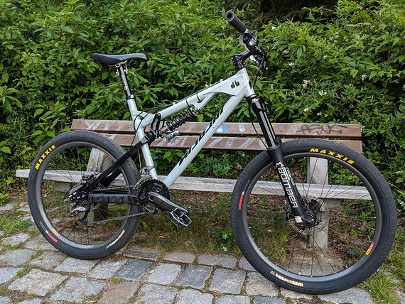 Nicolai Helius Dh Größe L Marzocchi66 RC Shimano XTR DTswiss