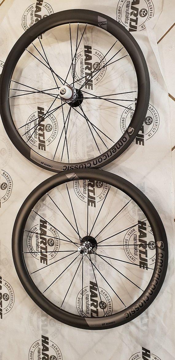 American Classic 46 Tubular Laufradsatz Carbon 1360 Gramm