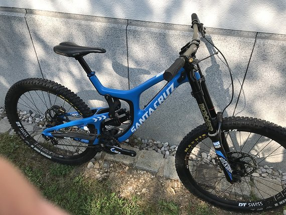 Santa Cruz V10 CC Medium 27,5