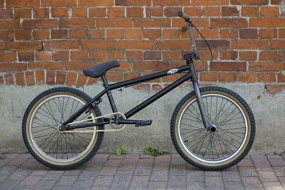 Verde Custom Build BMX