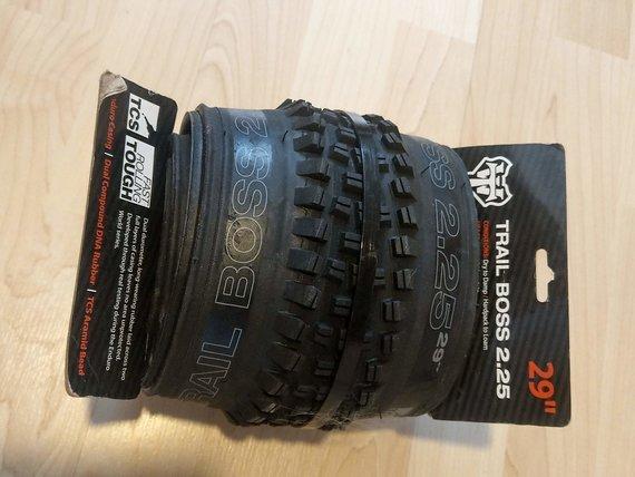 WTB Trail Boss 29x2.25 TCS Tough Fast Rolling