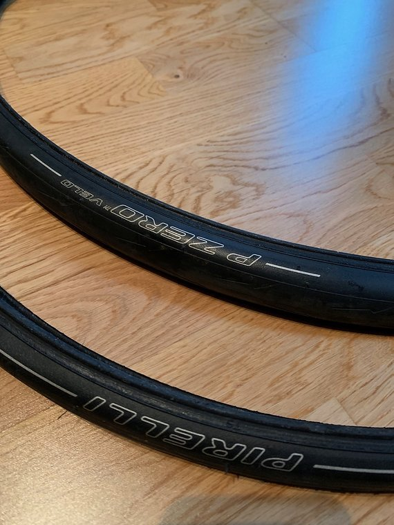 """Pirelli 2er Set - P ZERO Velo SmartNET Silica Aramid Belt 28"""" Faltreifen 25-622"""