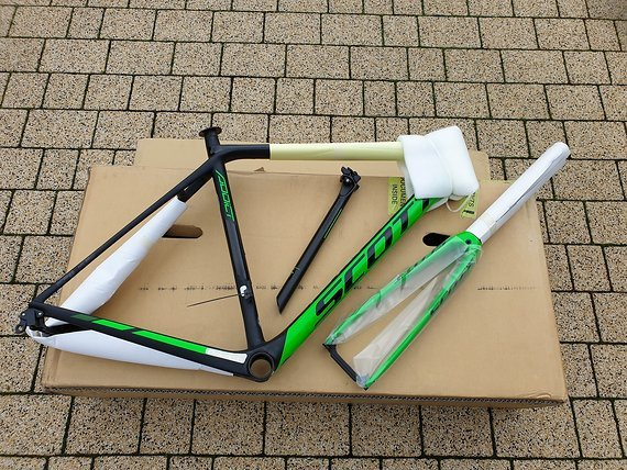 Scott Addict RC Di2 2017 (HMX) size M/54 new frameset