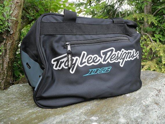 Troy Lee Designs D3 Helmtasche