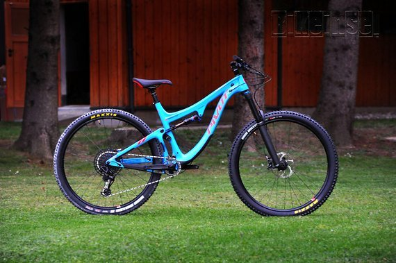 "Pivot Cycles Switchblade Carbon custom 29"" Blue in L, NEU !!"