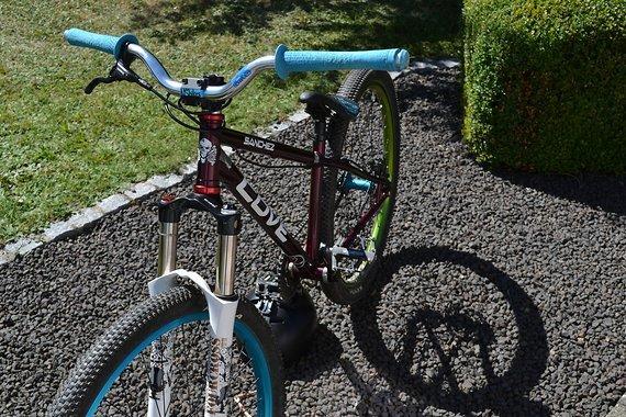 NS Bikes /Cove Sanchez Dirtbike (Custom)