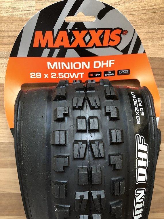 """Maxxis Reifen Minion DHF 29x2,50"""" WT DH TR 3C MaxxGrip 60x2 DW Faltreifen"""