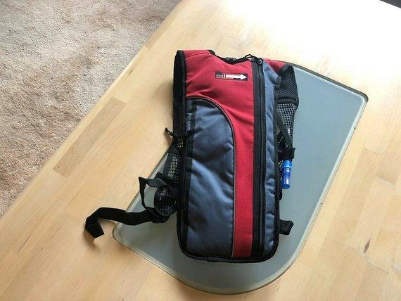 Bergpfeil MTB Mountainbike Rucksack mit Trinksystem Backpack