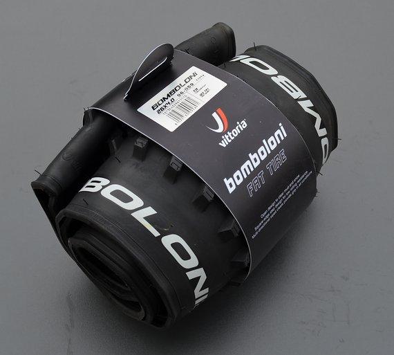 Vittoria Reifen Bomboloni Fat Tire 26 x 4.0 (98-559) schwarz Fatbike