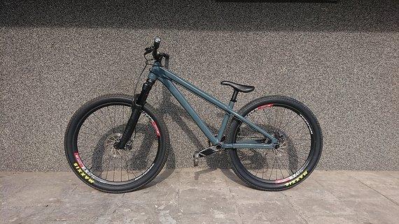 Santa Cruz Jackal 26 2019 L Pump Dirt Bike