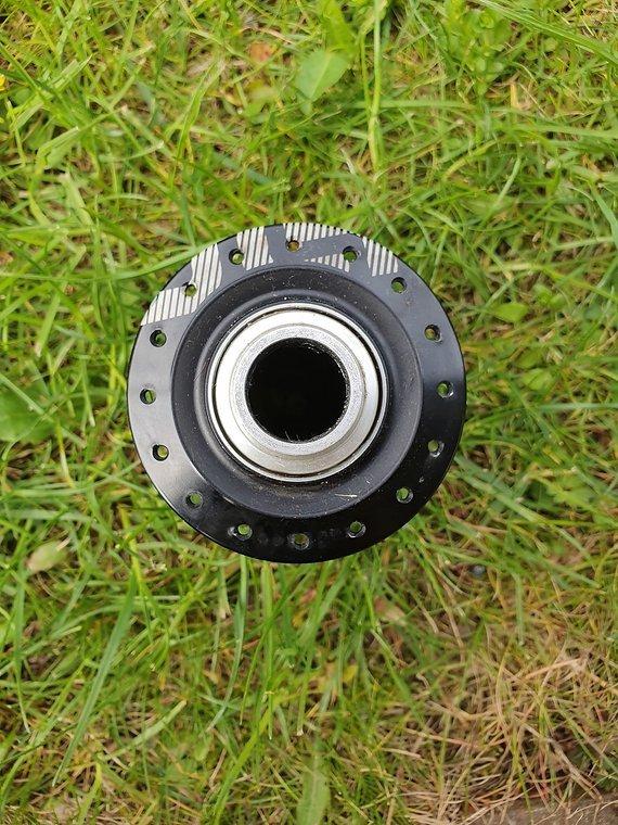 E*thirteen LG1R Carbon Vorderradnabe
