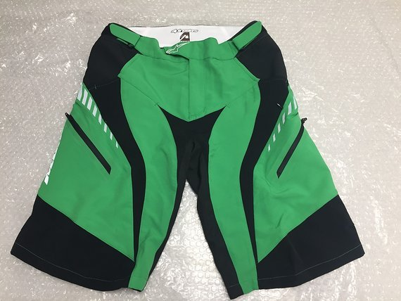 Alpinestars Drop Freeride Enduro Shorts Hose Radhose Downhill grün Gr. 30