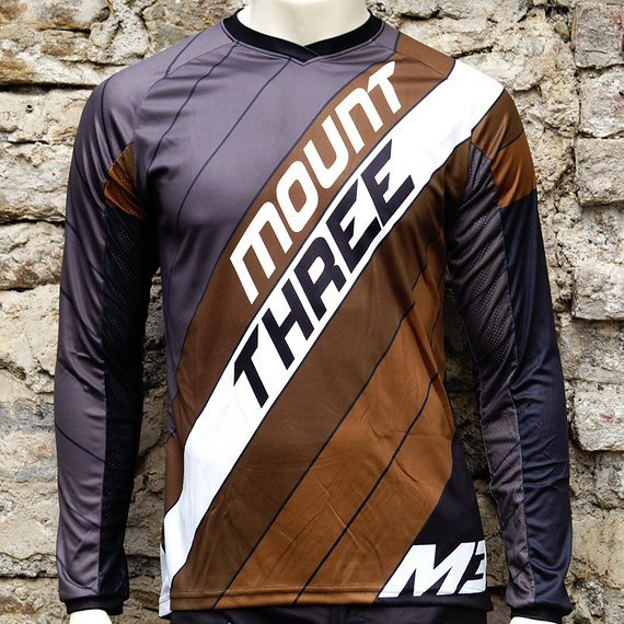 Mount Three Indie Rider Brown // 1x Größe M // Race Cut