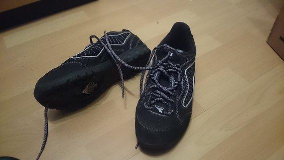 Diadora SPD Schuhe Größe 40 inkl. Cleats - Damen - neuwertig