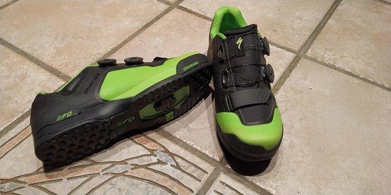 Specialized 2FO Cliplite Schuh in Black/Green Gr.43 NEU