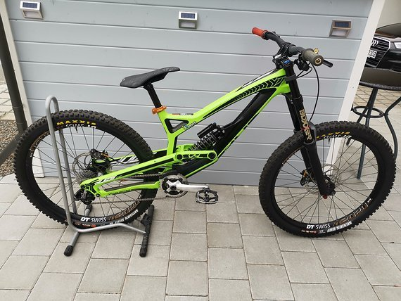 YT Industries Tues CF Comp 2015 27,5