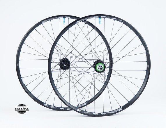 "E*thirteen LG1+ Laufradsatz  27,5""/29"" mit Hope Pro 4 Naben / Tubeless Ready inkl Noa Ventile / Bike-Lädle Laufradbau"