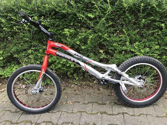 "Monty Trialrad Camel 220, Hope Trial-Bike 20"""