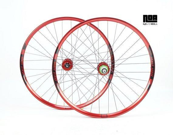 Noa DIRTY FIRST Custom Laufradsatz mit Hope Pro 4 Evo Naben / Bike-Lädle Laufradbau / Noarims