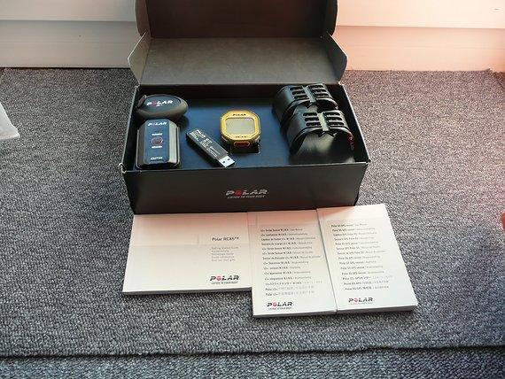 Polar RCX5 Premium Mulitsport Uhr mit Sensoren, Radfahren, Laufen