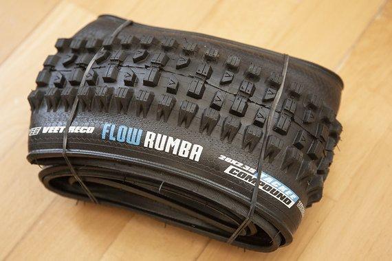 Vee Tire Co Flow Rumba 26 x 2,35 Tackee, tubelessready, NEU