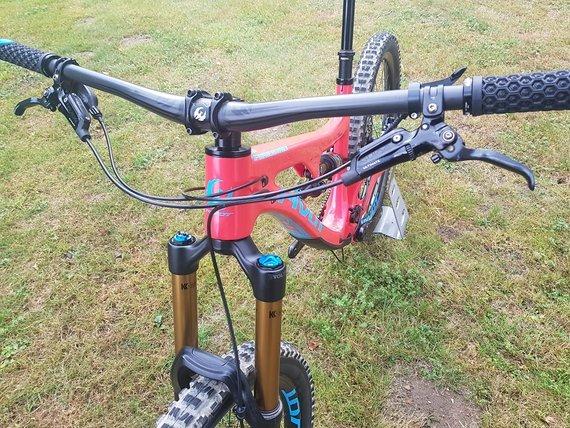 Pivot Cycles Firebird 27.5 XX1 Medium