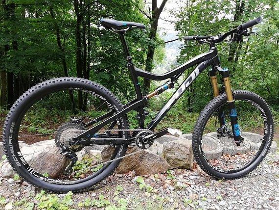 Fuji Auric 27.5 3.3Enduro Bike Gr. L Kashima Fox 36 XT Neu