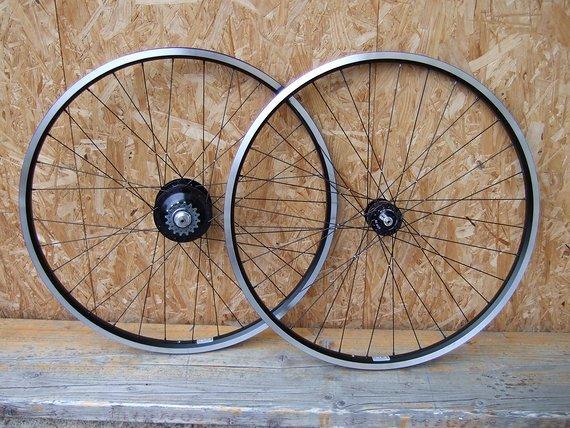 "Rotor Bikes Laufradsatz ""Weltreise 28"" Canti: Rohloff Speedhub, SON 28, Ryde Andra 40, handgefertigt!"