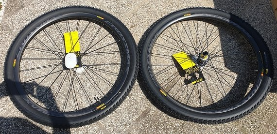 Mavic Crossmax Pro Carbon 29er Laufradsatz MTB Neu inkl. Reifen