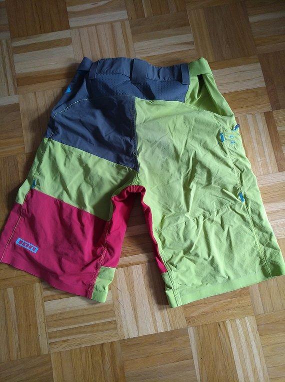 ION Scrub shorts