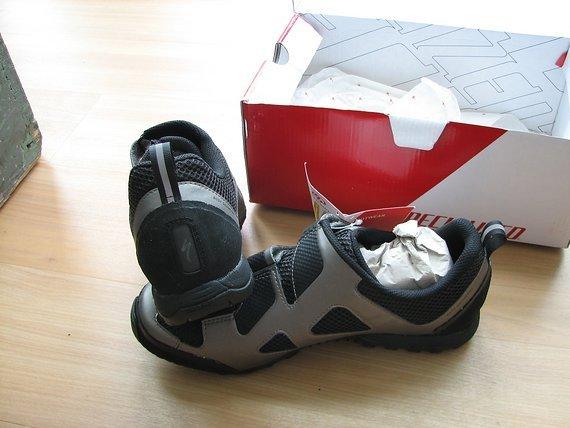 Specialized Rime Elite MTB Schuh Größe 42 NEU