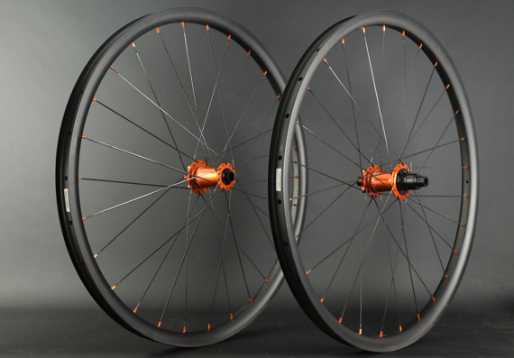 "Radsporttechnik Müller Laufradsatz 29"" Carbon M Duro Industry Nine Hydra BOOST ORANGE CX Ray 1655g"