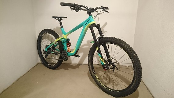 Giant Reign  Advanced 1 Größe M Carbon Preisupdate!!!