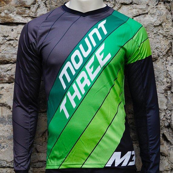 Mount Three Indie Rider Green // 1x Größe M // Race Cut